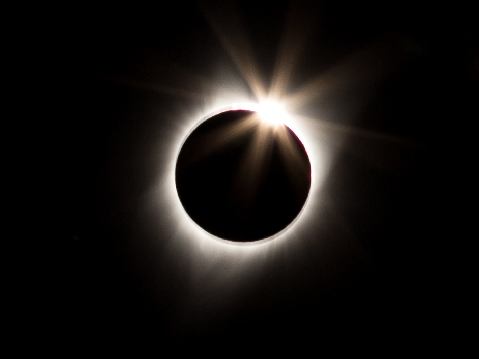 totality-ring-1.jpg