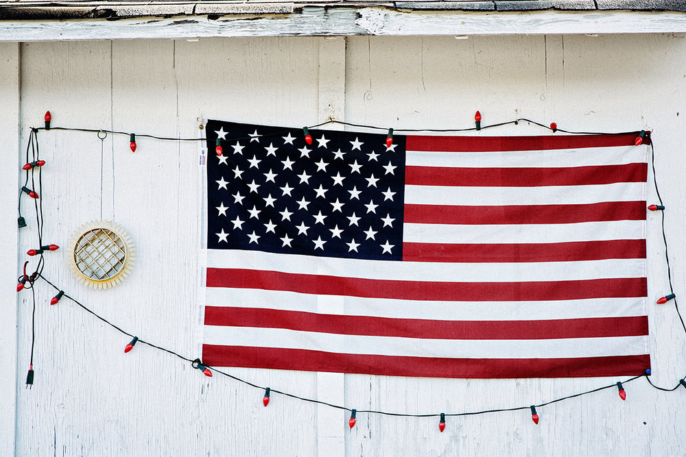 AmericanFlag_decorated_with_lights_0004.jpg