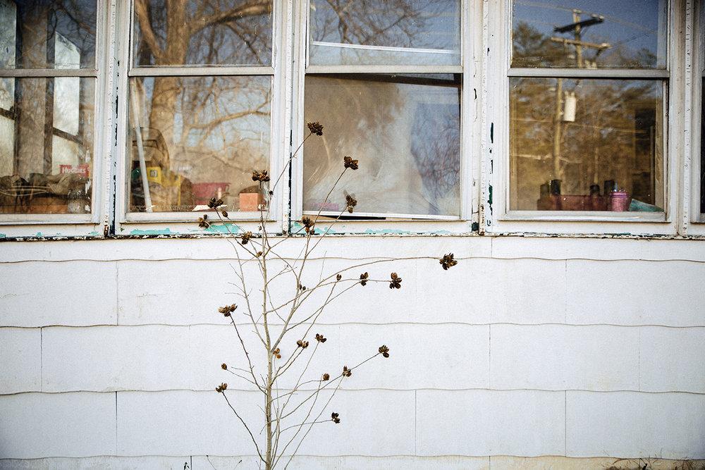 AbandonedHouse_Stafford_0008.jpg