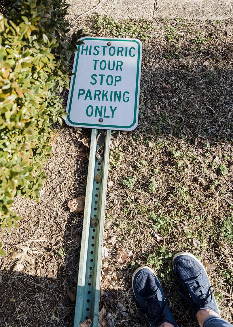 fallen sign
