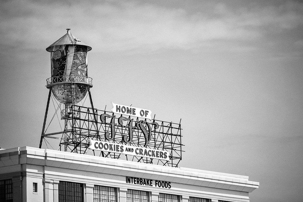 Famous Foods of Virginia  | W Broad Street | Richmond, VA