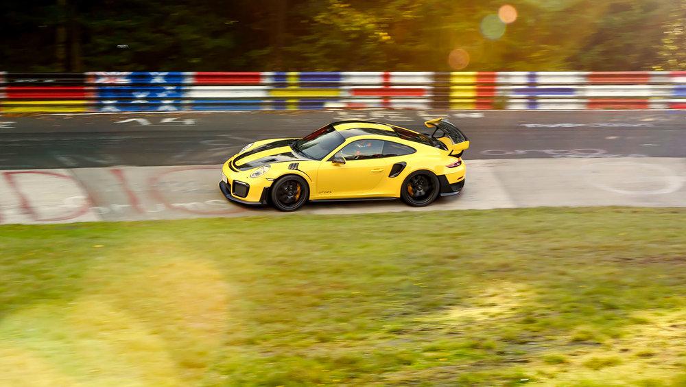 high_911_gt2_rs_world_record_nürburgring_2017_porsche_ag (5).jpg