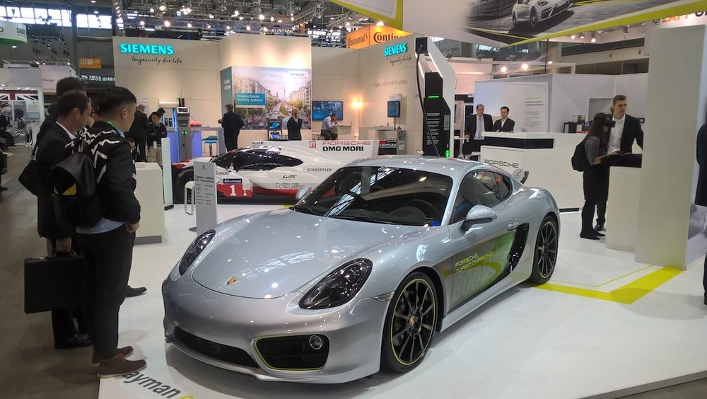180940_cayman_e_volution_electric_vehicle_symposium_stuttgart_2017_porsche_ag.jpg