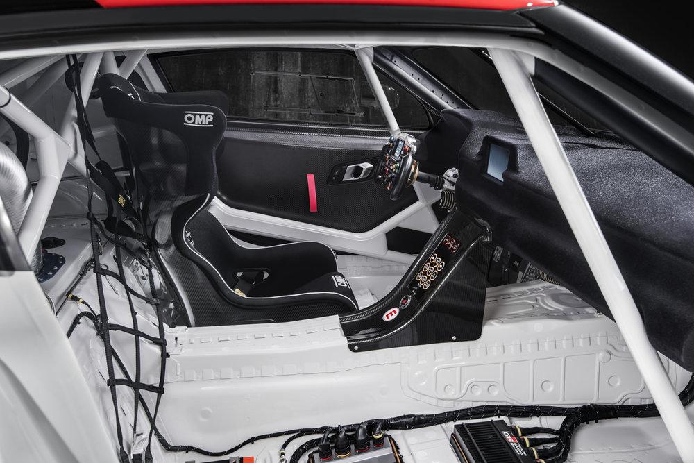 GR_Supra_Racing_Concept_Interior_Details_09_5C5DEB2991E56917FA82503409BC003DC4AA6C53.JPG