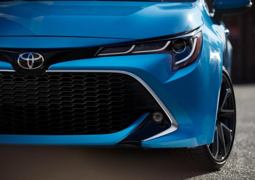 2019_Toyota_Corolla_Hatchback_23.jpg