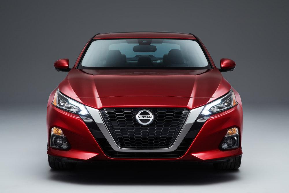 2019_Nissan_Altima_Photo_11.jpg