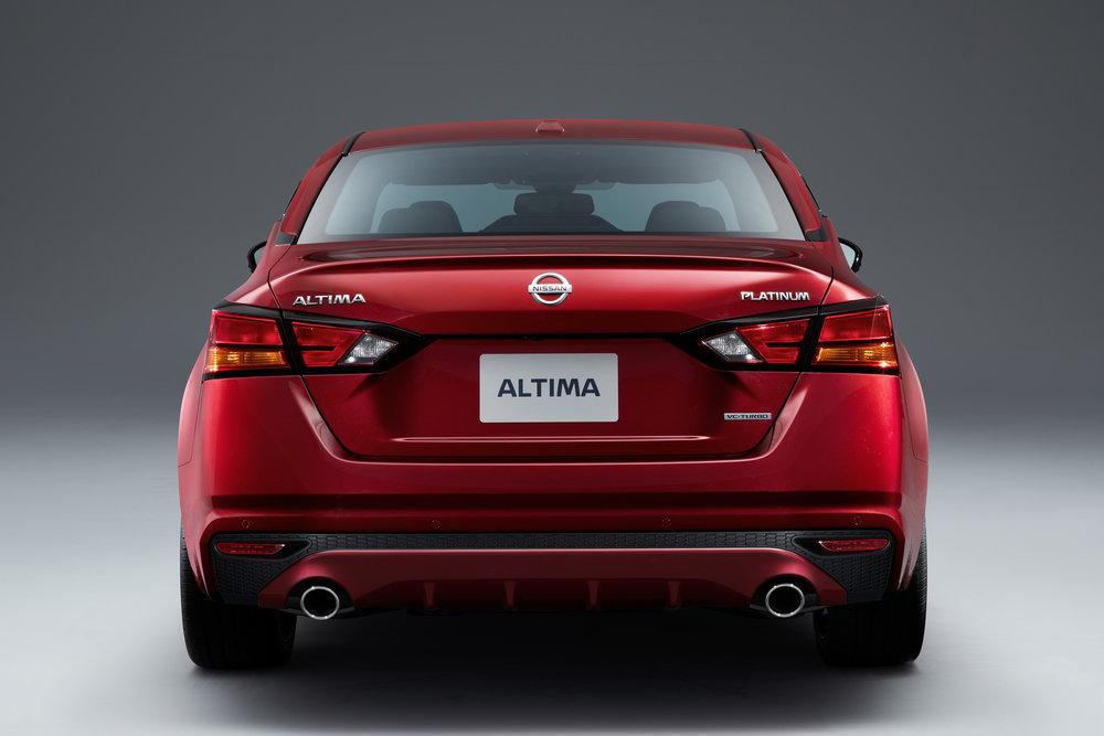 2019_Nissan_Altima_Photo_12.jpg
