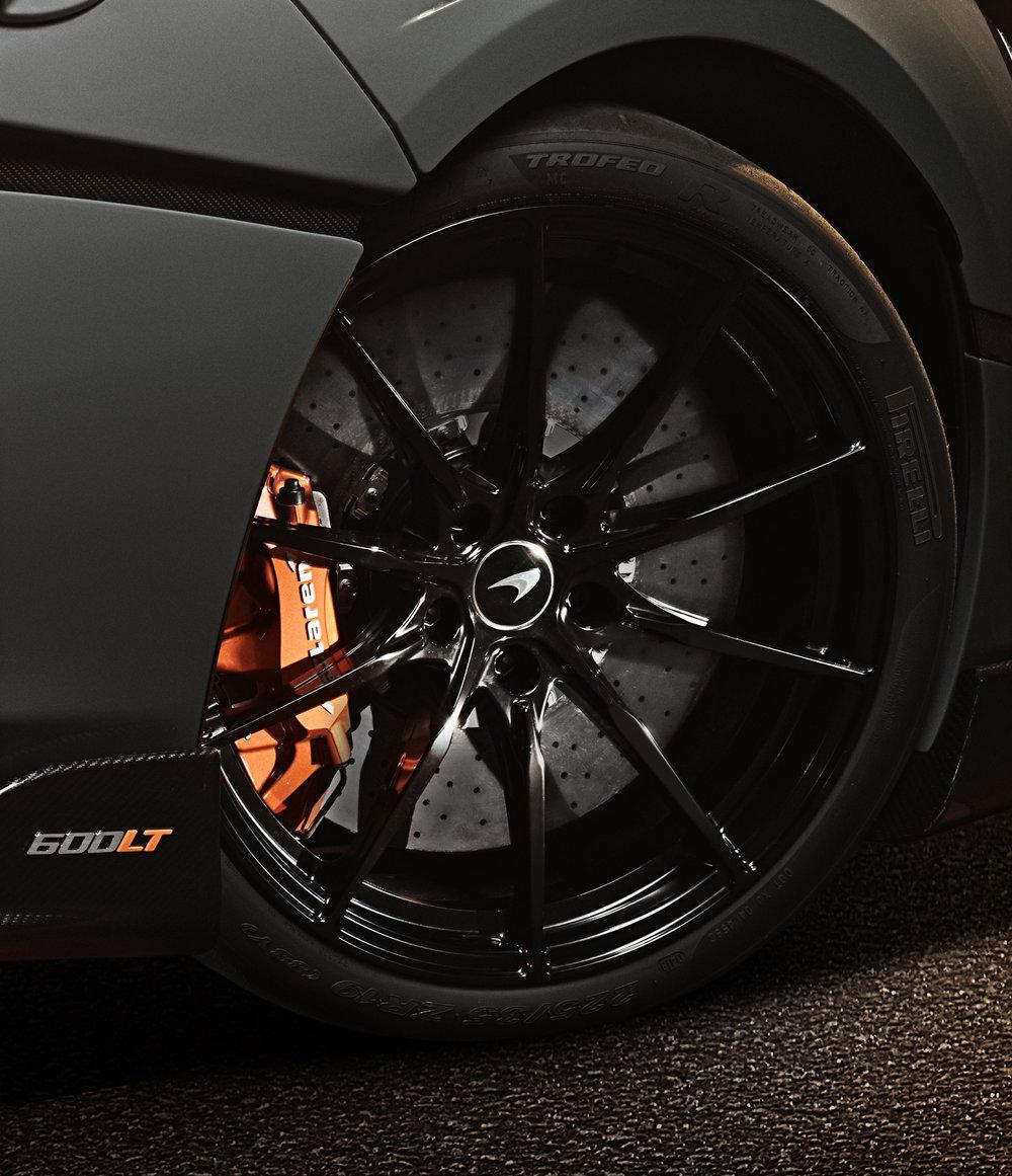 McLaren 600LT_Chicane Grey_image13.jpg