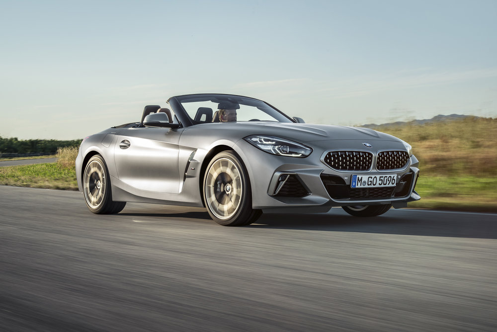 P90318563_highRes_the-new-bmw-z4-roads.jpg