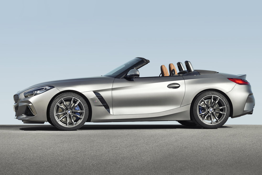 P90318582_highRes_the-new-bmw-z4-roads.jpg