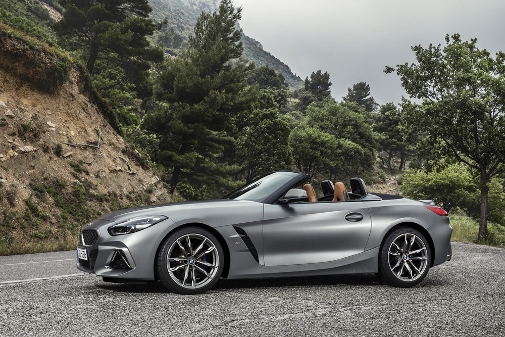 P90318615_highRes_the-new-bmw-z4-roads.jpg