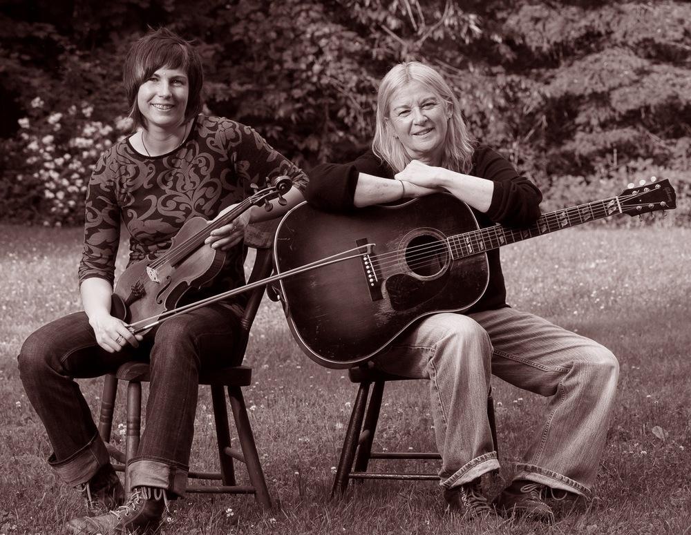 The Farwells (Debra Clifford & Becca Wintle)