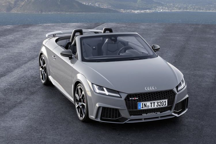 New Audi TT RS launched - 294kW and 0-100km/h in 3.7sec ?? Let Me Drive