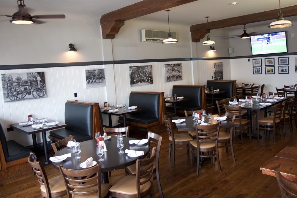 dining-room-2_27518970806_o.jpg