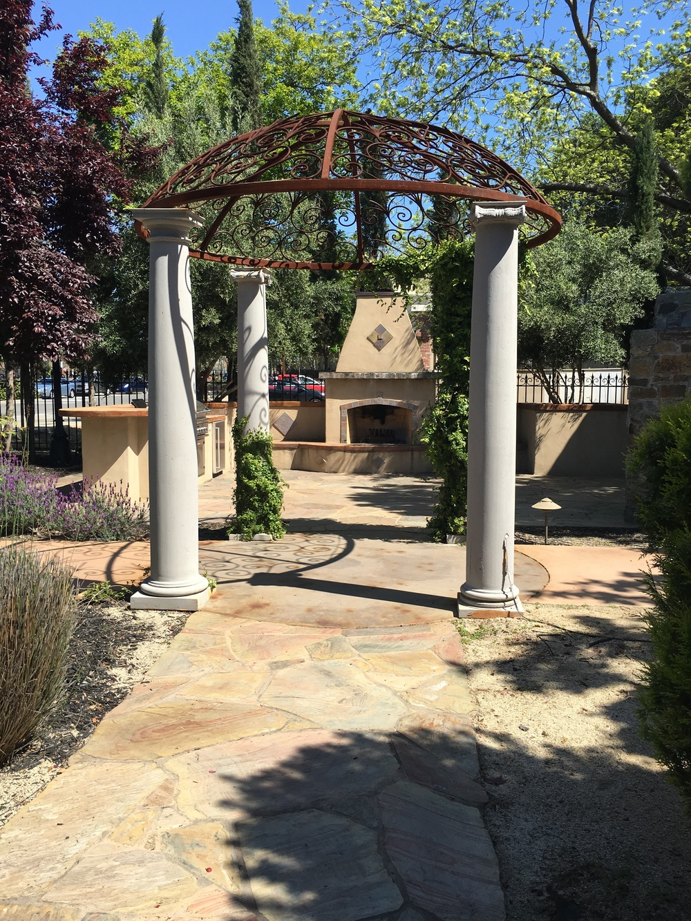 ceremony-arbor-salon-spa-in-folsom.JPG