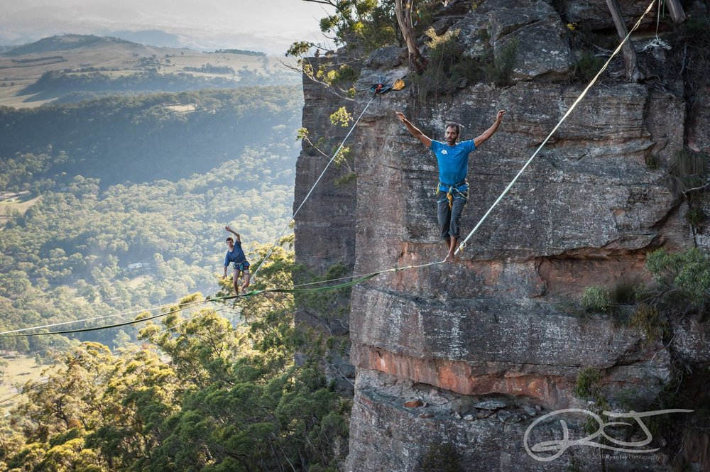 slackline-blue-mountains