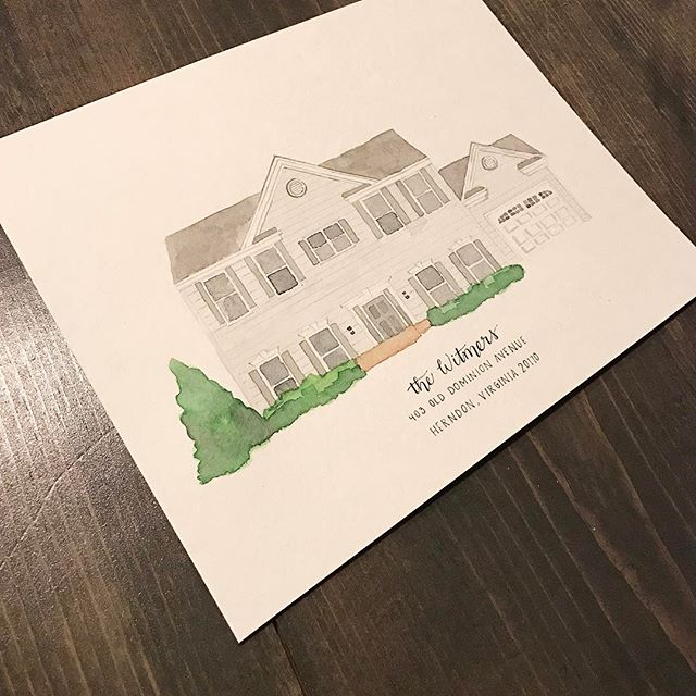 My daughter said this is her favorite house of all 😊 #homeportrait #watercolor #greyongrey #etsyshop #etsyseller @erinkirouacdesignco @ekirouac