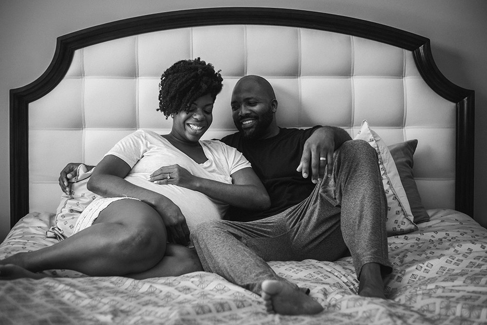 Intimate-in-home-maternity-session-by-Atlanta-photographer-Chanel-French-4.jpg