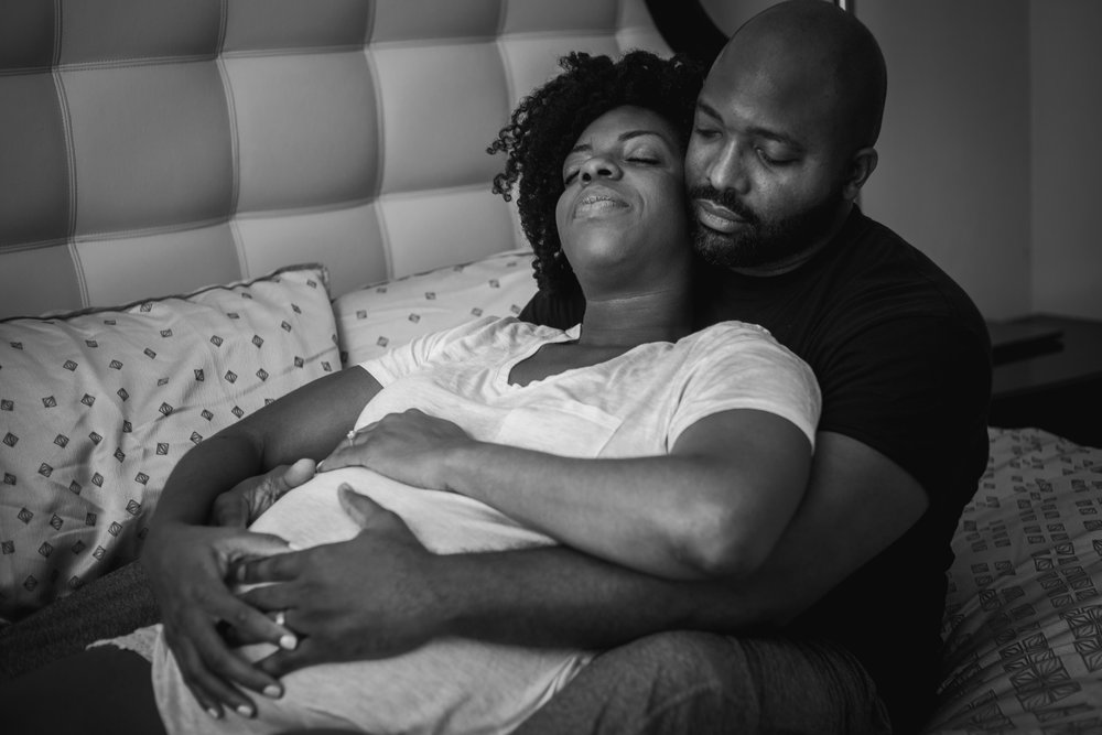 Atlanta-intimate-maternity-session-in-home-by-photographer-Chanel-French-16