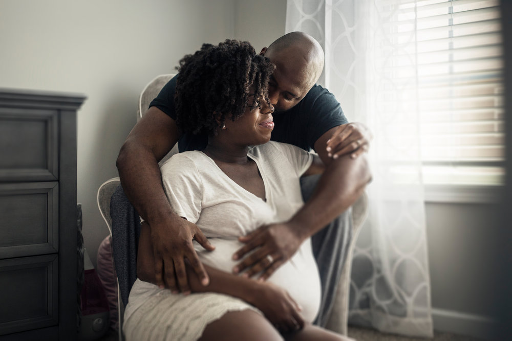 Atlanta-intimate-maternity-session-in-home-by-photographer-Chanel-French-17
