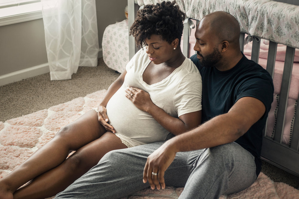 Atlanta-intimate-in-home-maternity-session-by-photographer-Chanel-French-19