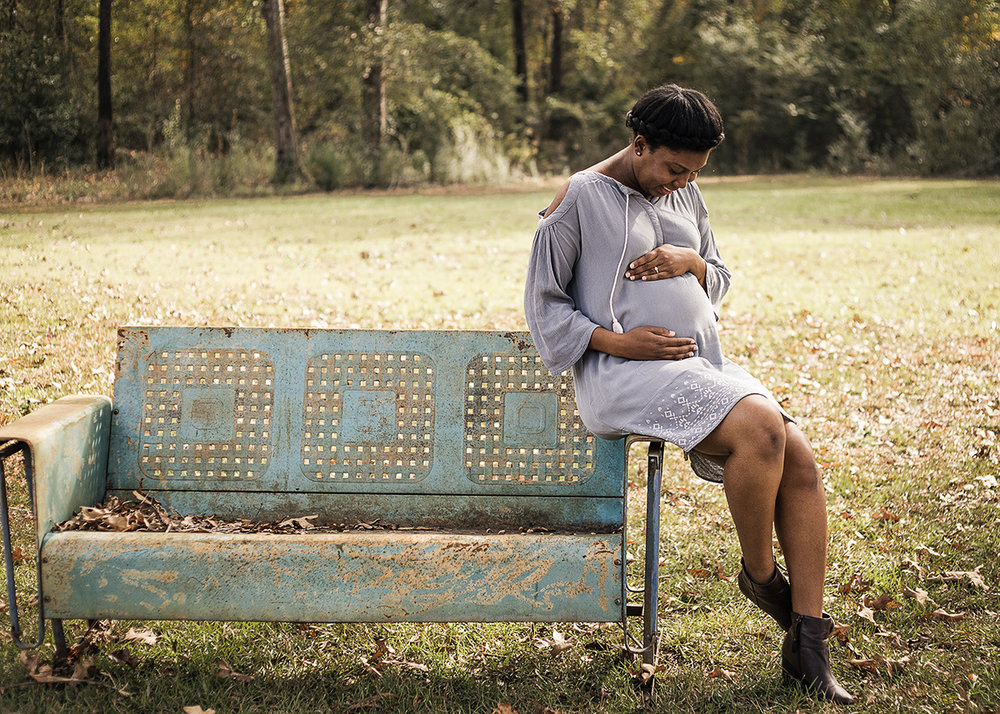 Atlanta-maternity-photoshoot-interracial-couple-in-blue-dress-by-Marietta-photographer-Chanel-French-12