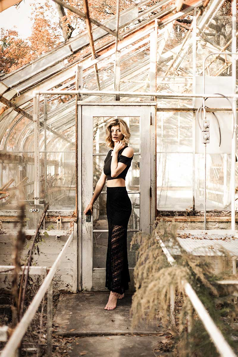 Atlanta-abandoned-greenhouse-with-blonde-model-Jenna-Schulz-by-photographer-Chanel-French.jpg