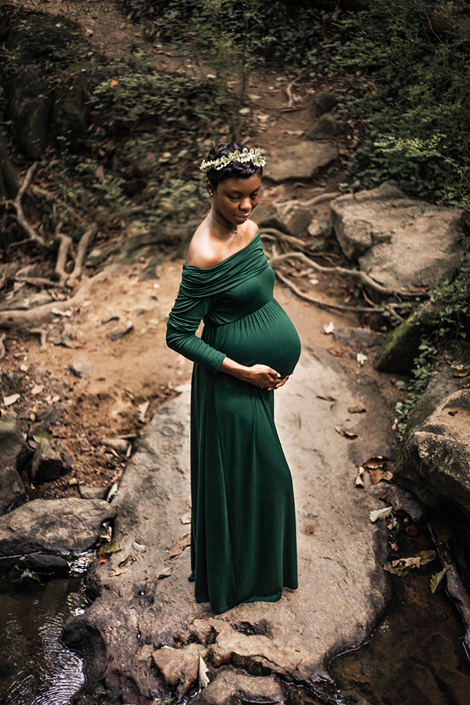 Cascade-Springs-Nature-Preserve-Maternity-Session-by-Atlanta-photographer-Chanel-French-14.jpg