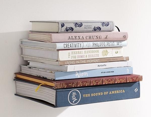 bookshelf 1.jpg