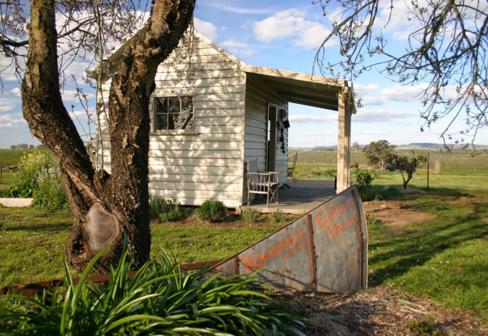 sunnyside-cottage-newham-macedon-ranges.jpg