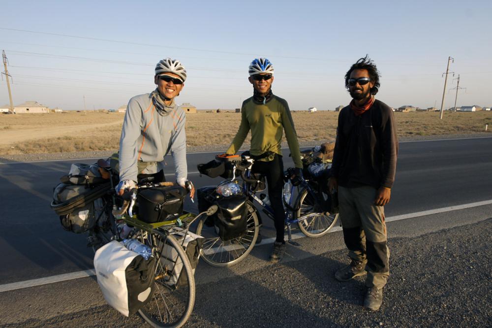 kazakhstancyclists.png