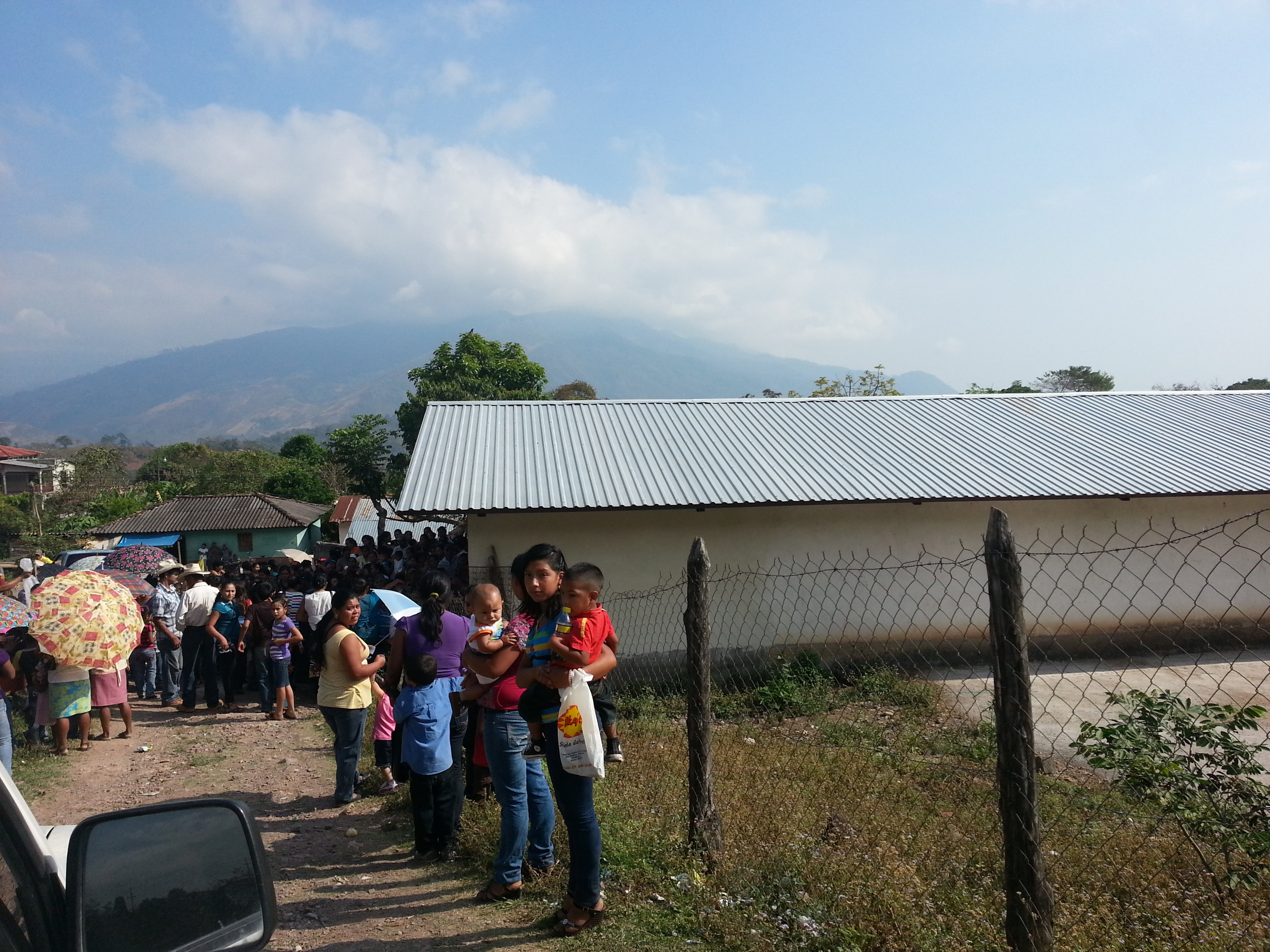 The long line of people who were waiting when we arrived in San Rafael