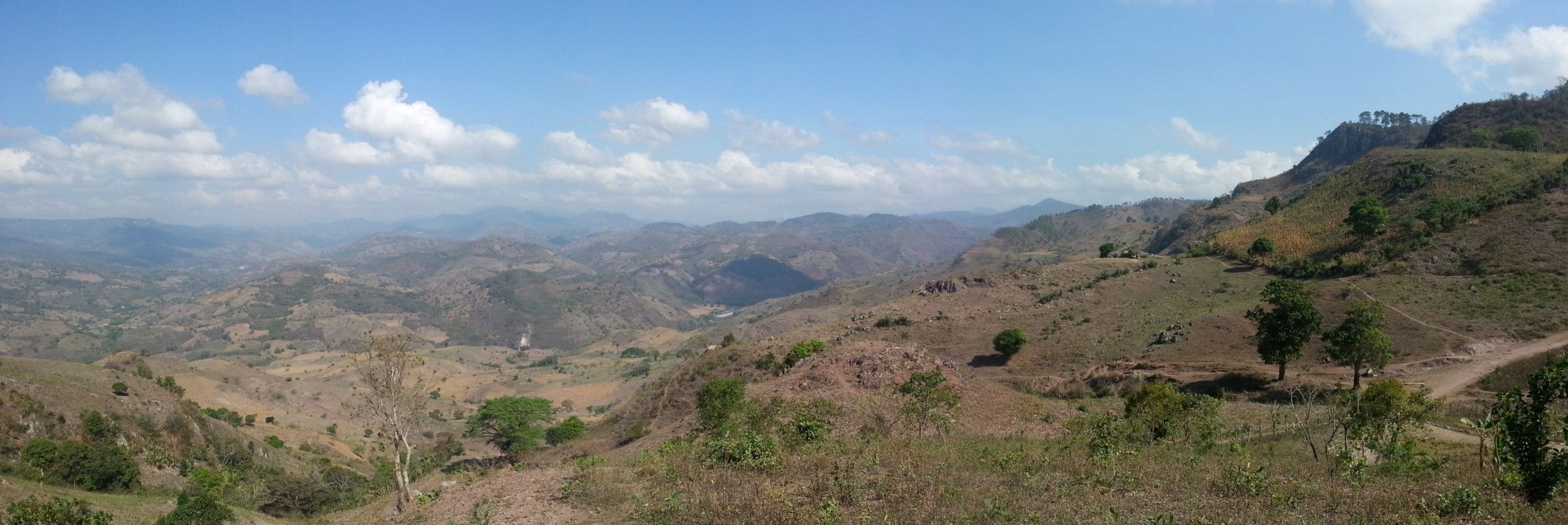 The beautiful Honduran landscape that we miss!