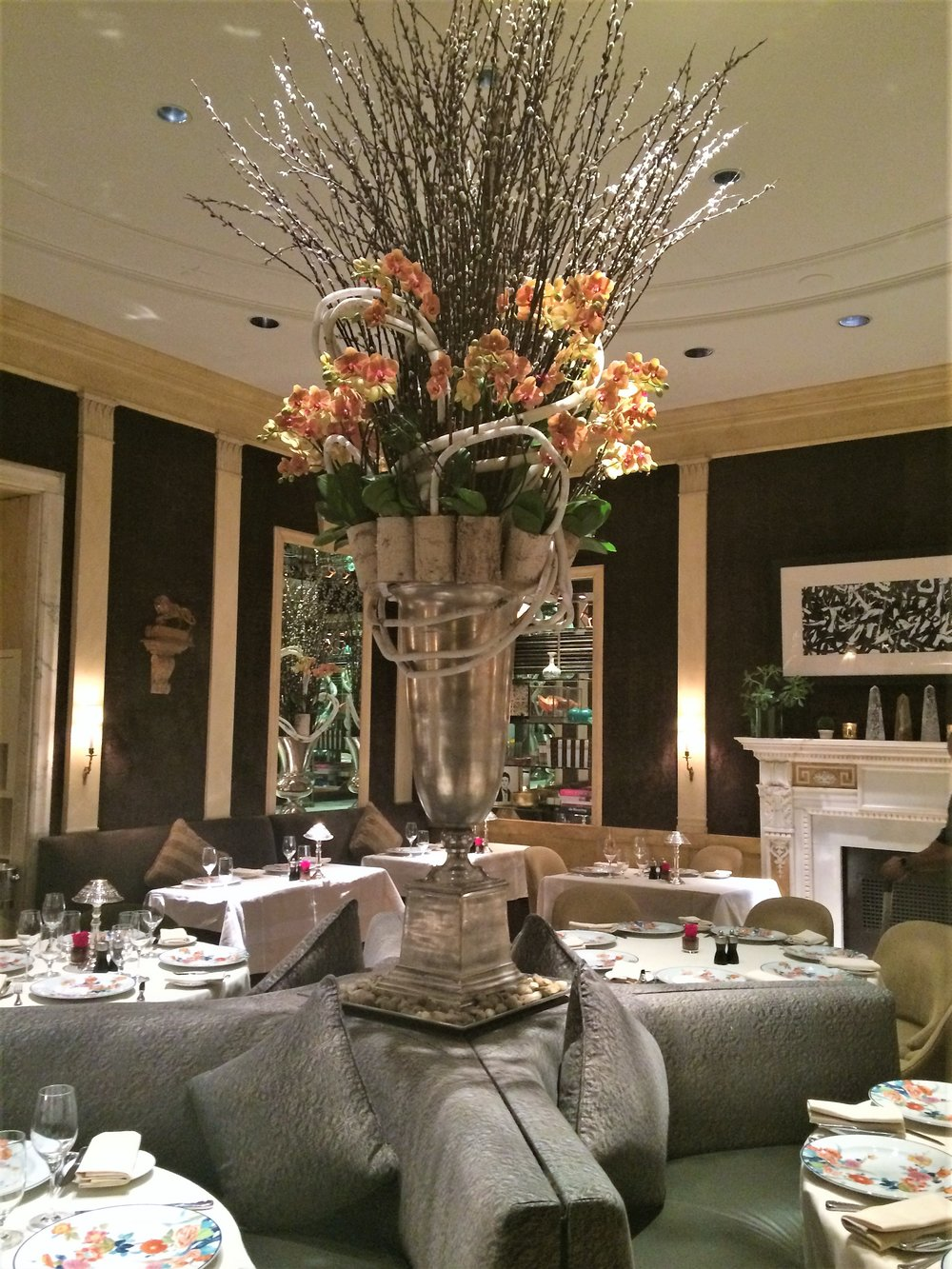 The Hotel Carlyle Dining Room…O, so French!
