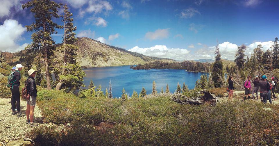 vista and hikers.jpg