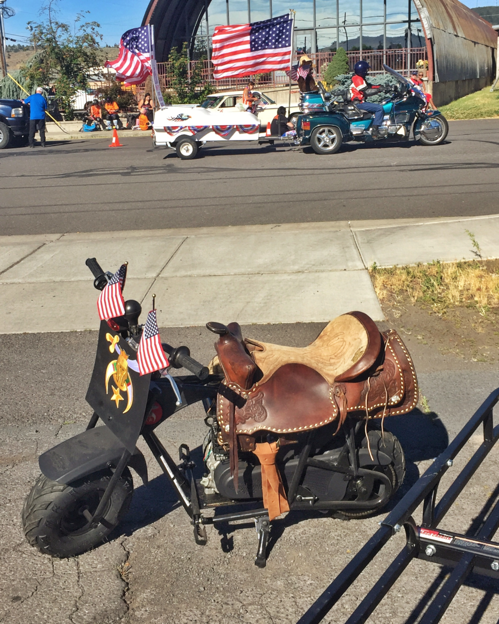 4th of July parade preparations in Klamath Falls OR
