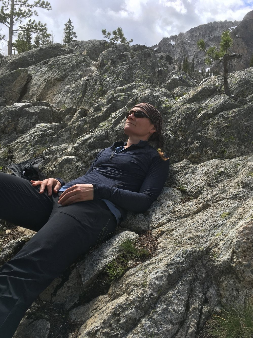 Cheri has a quick nap near the Alpine Lake trail