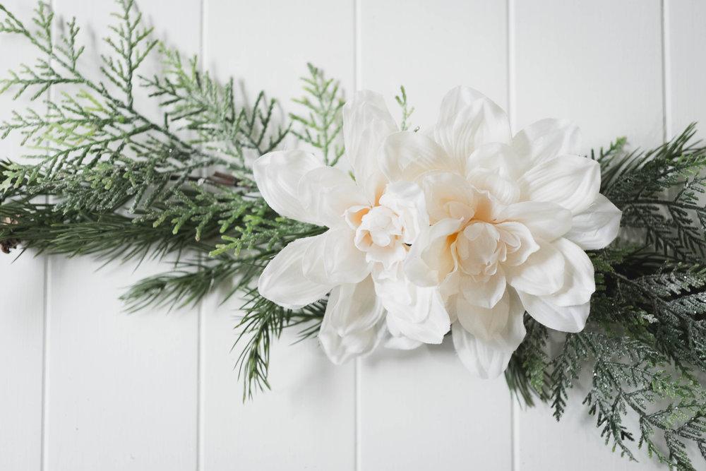 DIY Modern Christmas Wreath — David and Leanna