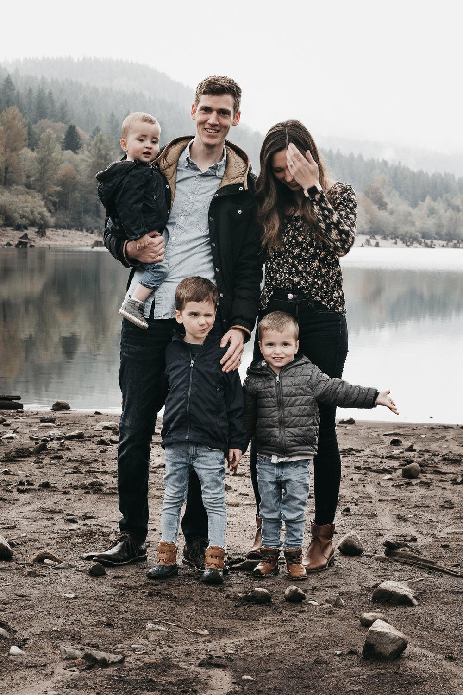 rattlesnake lake family photos-38.jpg