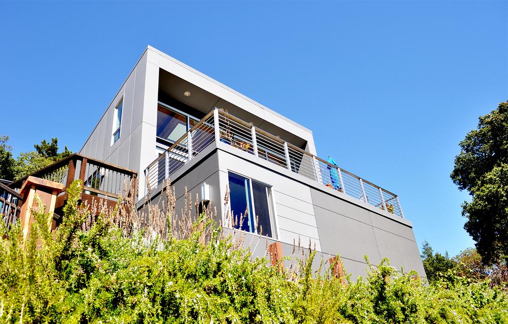 Favre Ridge Residence - Los Gatos, CA - Exterior Balcony