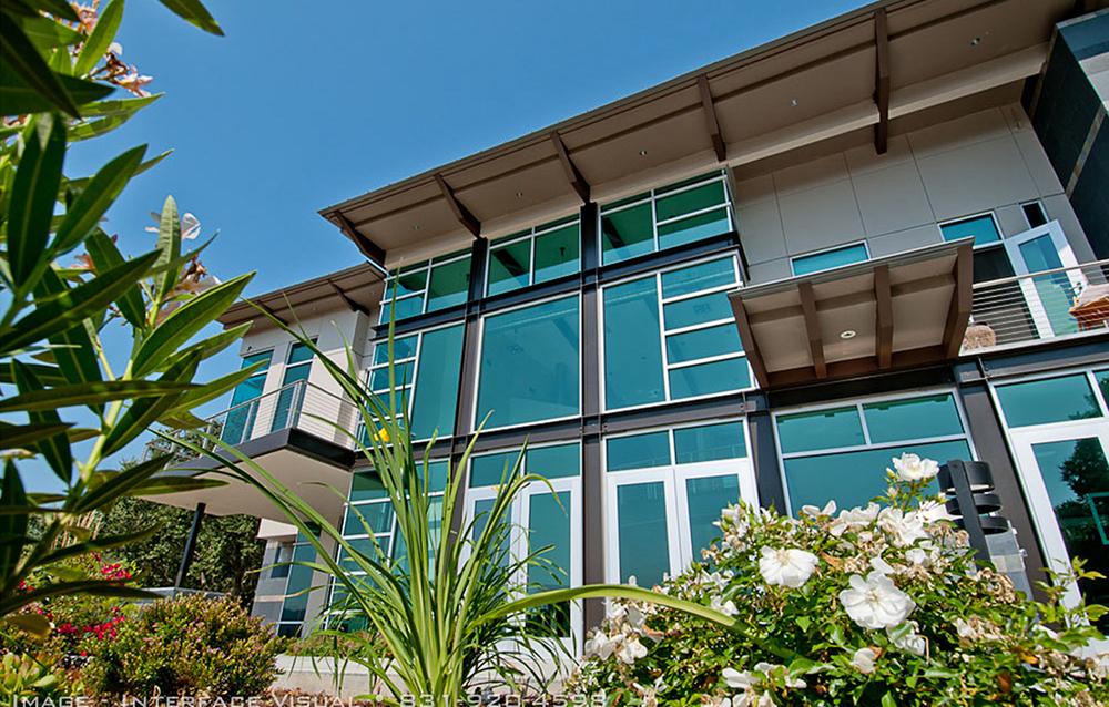 41 House - Los Gatos, CA - Exterior - Balcony