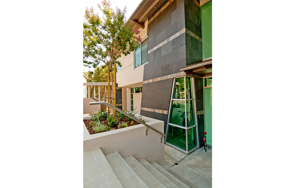 41 House - Los Gatos, CA - Exterior - Stair