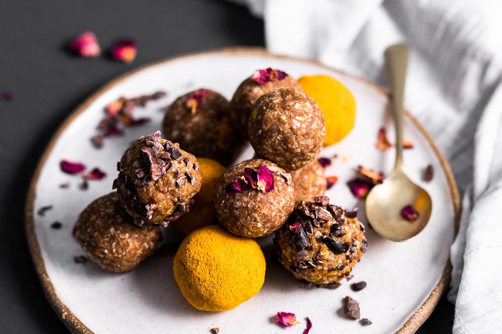 2_Ingredient_Probiotic_Bliss_Balls_by_Jordan_Pie_Nutritionist_Photographer-5.jpg