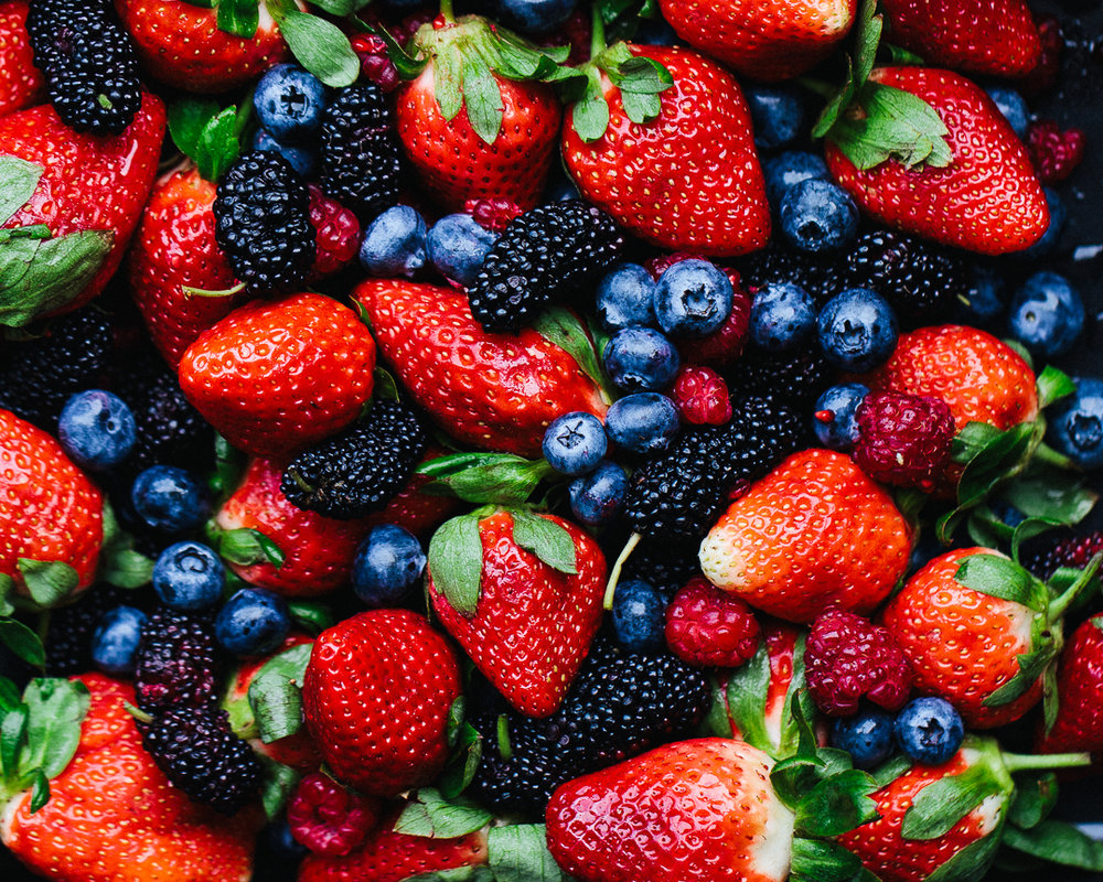 Berries_by_Jordan_Pie_Nutritionist_Photographer-1.jpg