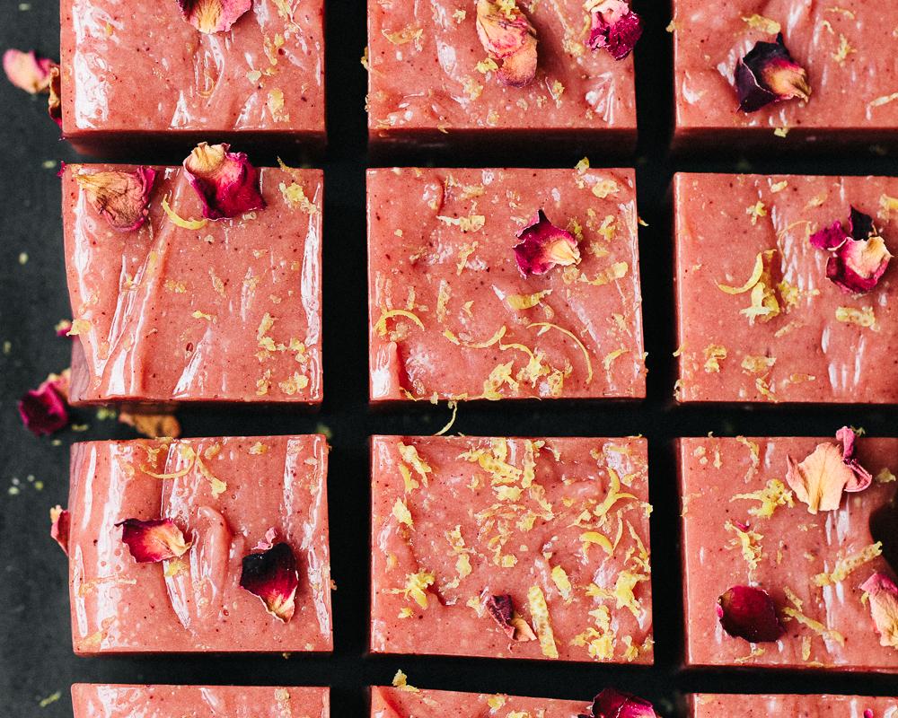 Pink_Lemonade_Chu_Chus_by_Jordan_Pie_Nutritionist_Photographer-1.jpg