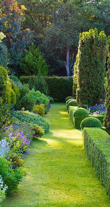 Grounds and Gardens Way.jpg