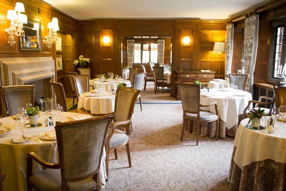 Restaurant-2-.jpg