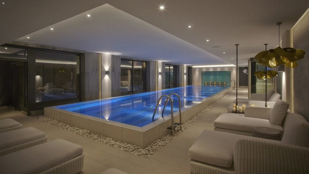 accommodation_photos__Infinity_Pool_lights_lowered_1_2000x1333WF-1200x675.jpg