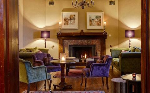 grove-hotel-lounge-pembrokeshire.jpg