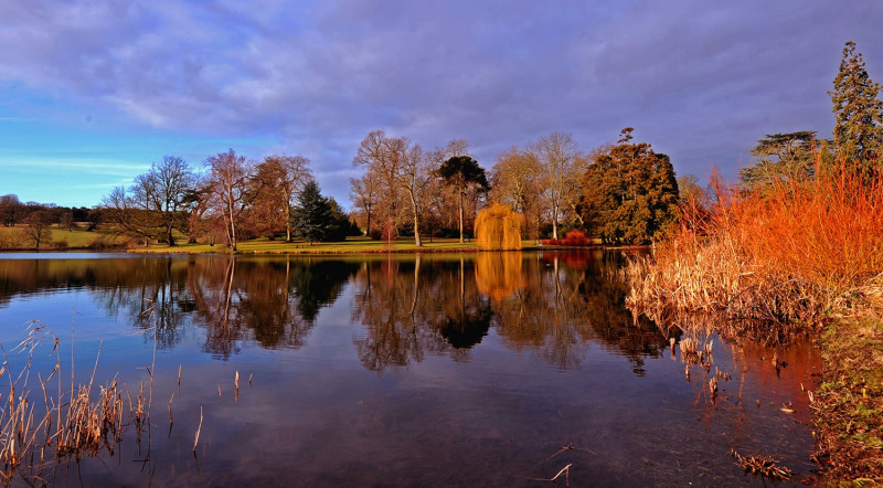 burghley-lake1536.jpg